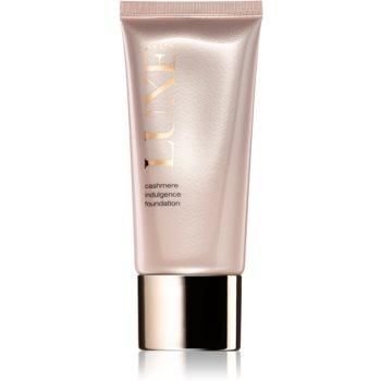Avon Luxe Makeup Machiaj usor cu efect de luminozitate pentru un aspect mat imagine produs