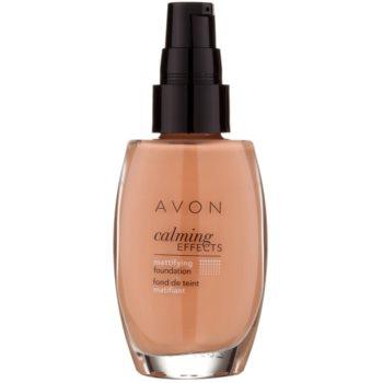 Avon Calming Effects Mattifying успокояващ фон дьо тен за матиране 1