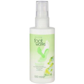Avon Foot Works Beautiful felfrissítő spray a lábra zöld citrommal és cukornáddal