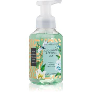 Bath & Body Works Cucumber & Spring Lilly Sapun spuma pentru maini
