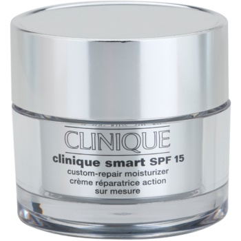 Clinique Clinique Smart crema de zi hidratanta anti-rid pentru ten gras SPF 15