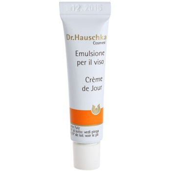 Dr. Hauschka Facial Care crema revitalizanta ten uscat