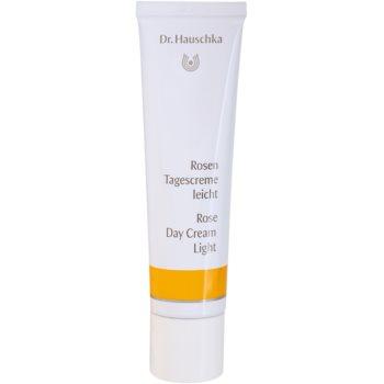 Dr. Hauschka Facial Care crema cu textura usoara de trandafir