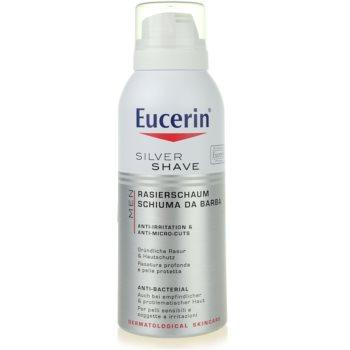 Eucerin Men spuma pentru barbierit pentru piele sensibila
