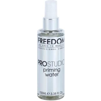 Freedom Pro Studio rozświetlający tonik do twarzy w sprayu