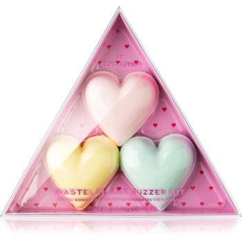 I Heart Revolution Fizzer Kit Pastel Heart tablete colorate efervescente pentru baie pentru femei