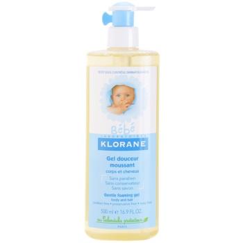 Fotografie Klorane Bébé jemný pěnivý gel na vlasy i tělo 500 ml