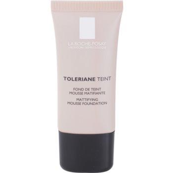 Fotografie La Roche-Posay Toleriane Teint zmatňující pěnový make-up pro smíšenou a mastnou pleť odstín 05 Dark Beige SPF 20 30 ml