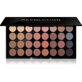 Fotografie Makeup Revolution Flawless Matte paleta očních stínů 16 g