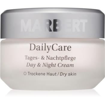 Fotografie Marbert Basic Care Daily Care denní a noční krém pro suchou pleť 50 ml