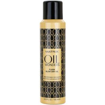 Matrix Oil Wonders спрей-олио за по-бързо оформяне на прическата със сешоар