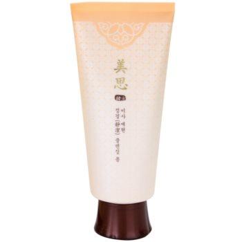 Missha Misa Yei Hyun orientalna pianka oczyszczająca