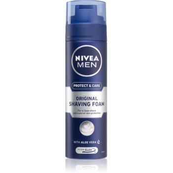 Nivea Men Protect & Care pěna na holení 200 ml