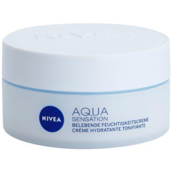 Nivea Visage Aqua Sensation hydratisierende Tagescreme für normale Haut und Mischhaut
