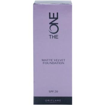 Oriflame The One Matte Velvet matirajoči tekoči puder SPF 20 2