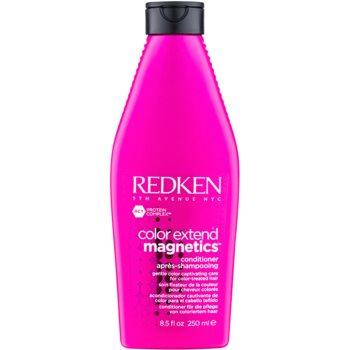Redken Color Extend Magnetics balsam de păr fără sulfați pentru par vopsit