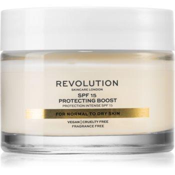 Revolution Skincare Moisture Cream crema hidratanta pentru ten uscat SPF 15 poza noua