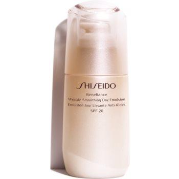 Shiseido Benefiance Wrinkle Smoothing Day Emulsion Emulsie protectoare anti-îmbătrânire SPF 20