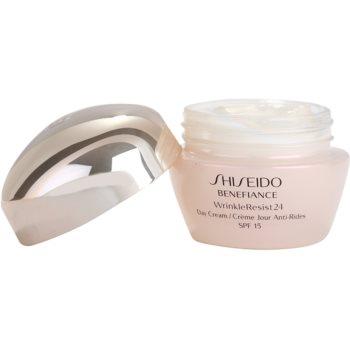 Shiseido Benefiance WrinkleResist24 Tagescreme gegen Falten SPF 15 1