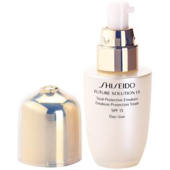 Shiseido Future Solution LX ochranná denní emulze SPF 15 3