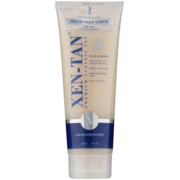 Xen-Tan Clean Collection Exfoliant pentru corp cu efect de improspatare. mentinerea bronzului  236 ml