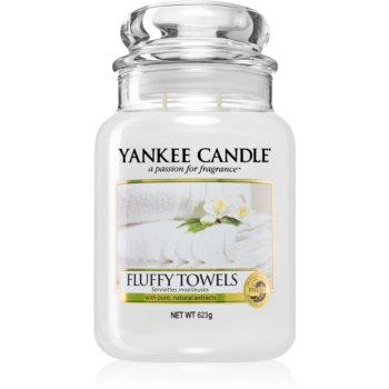 Yankee Candle Fluffy Towels lumânare parfumată