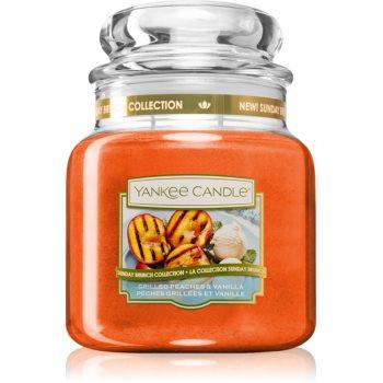 Yankee Candle Grilled Peaches & Vanilla vonná svíčka Classic střední 411 g