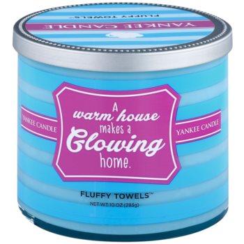 Yankee Candle Fluffy Towels lumanari parfumate    (A Warm House Makes a Glowing Home)