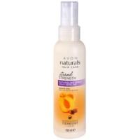 Haarspray für die leichte Kämmbarkeit des Haares