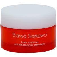 creme antibacteriano para pele oleosa e problemática