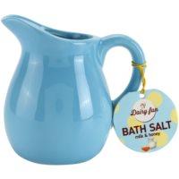 sare de baie într-un vas