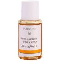 posvetlitveno dnevno olje za mastno in problematično kožo