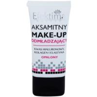 tekutý make-up s omladzujúcim účinkom