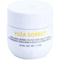 leichte Emulsion mit Schutzwirkung gegen äußere Einflüsse