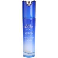 leichtes Hautserum für intensive Feuchtigkeitspflege der Haut