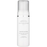 čisticí pěna s bělicím účinkem