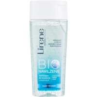 Cleansing Micellar Gel On The Face And Eyes