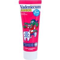 Zahnpasta für Kinder mit Erdbeergeschmack