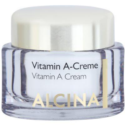 Gesichtscreme mit Vitamin A für langhaltige Reduzierung von Falten