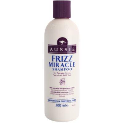 uhlazující šampon pro nepoddajné a krepatějíci se vlasy