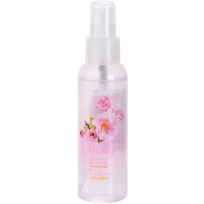 Körperspray mit Kirschblüten