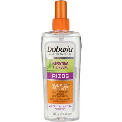 spray stylizujący do włosów kręconych