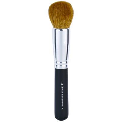 brocha para el maquillaje mineral en polvo