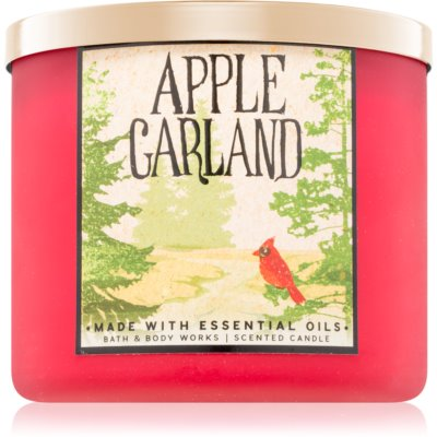Bath & Body Works Apple Garland Scented Candle