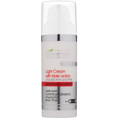 Light Moisturiser with Triple Effect