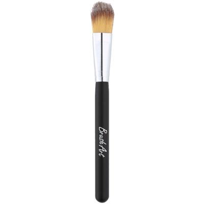 štětec na aplikaci tekutého a krémového make-up