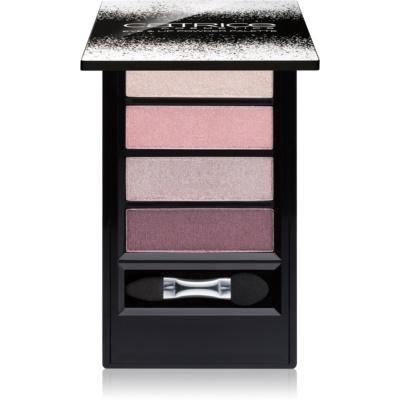 Palette mit Make up für Augen und Lippen