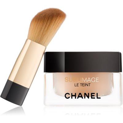 maquillaje con efecto iluminador