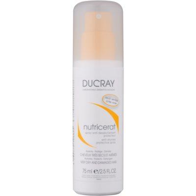 Schützender Spray gegen das Austrocknen der Haare