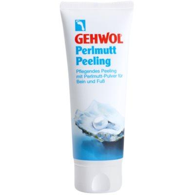 ošetrujúci peeling na nohy s perlovým prachom